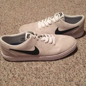 Nike sb check shoes